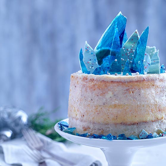 Naked Frozen Cake